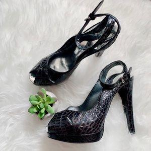 Stuart Weizman Black Snakeskin Ankle Strap Heels